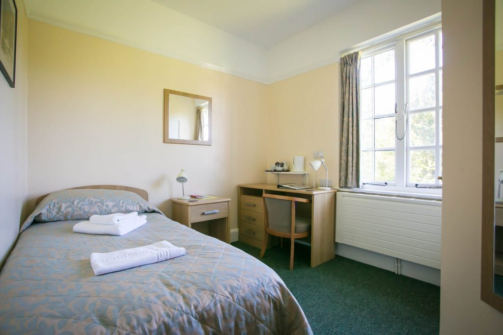 An example of a bedroom at Woodbrooke
